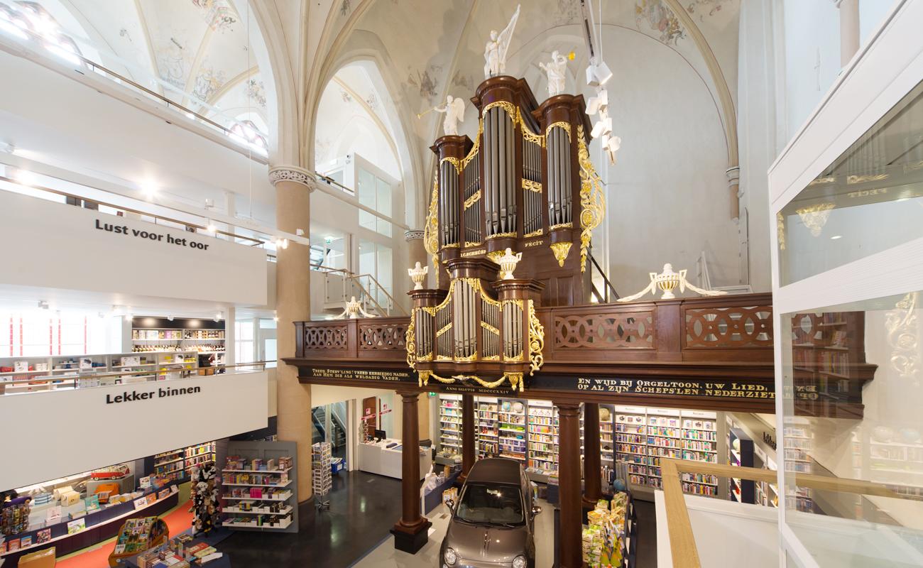 6_Bookshop_theCity_April20_contents